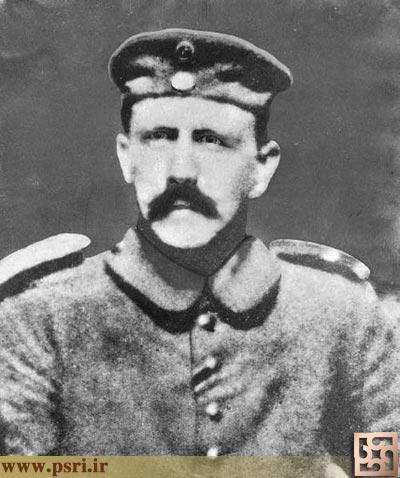 هیتلر در جوانی و در هنگامی که سرجوخه بود