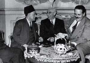 مصدق و نهاس پاشا نخست وزیران ایران و مصر