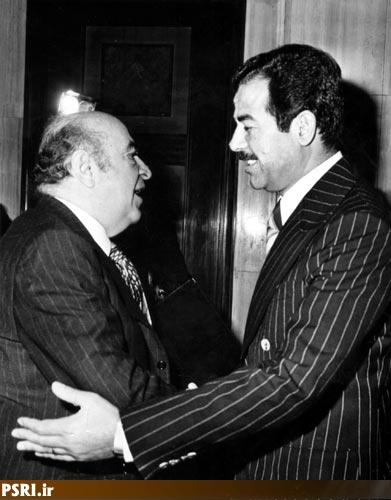 صدام حسین و امیرعباس هویدا بعد از امضای قرارداد الجزایر 1975